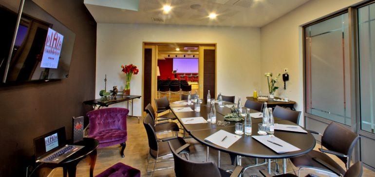 Location de salle à Lyon : choisir la meilleure pour un séminaire d'entreprise.